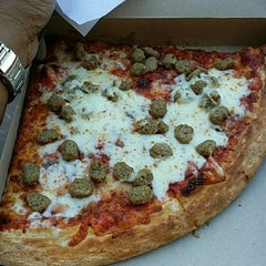 Photo taken at Pizza Movers & Calzones by Chuck R. on 7/5/2014