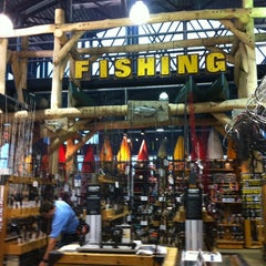 Photo taken at Dick's Sporting Goods by Lauren A. on 5/18/2013