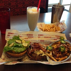 Photo taken at Smashburger by Karl N. on 1/12/2013