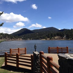 Photo taken at Evergreen Lakehouse by Bruce N. on 4/28/2014
