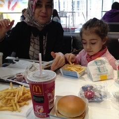 Photo taken at McDonald's by Sinem E. on 4/10/2014