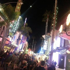 Photo taken at Universal CityWalk by Frank T. on 2/17/2013