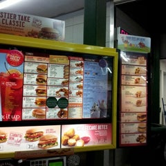 Photo taken at SONIC Drive In by f keith j. on 11/17/2012