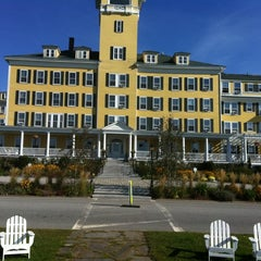 Photo taken at Mountain View Grand Resort & Spa by Red Oak Life A. on 9/14/2012