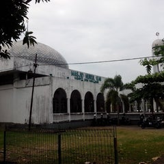 Photo taken at Masjid Nurul Ilmi by Ahmad I. on 7/30/2013