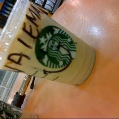 Photo taken at Starbucks by Naiema a. on 5/13/2014
