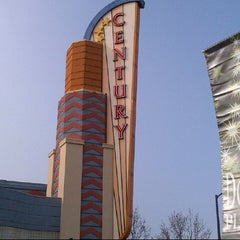 Photo taken at Century Theatres 16 Downtown Pleasant Hill and XD by @Patrickb4 on 12/21/2012