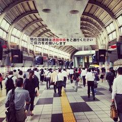 Photo taken at 品川駅 (Shinagawa Sta.) by Sebastian B. on 6/27/2013