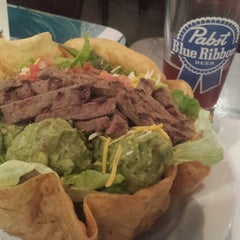 Photo taken at Wahoo's Fish Taco by Paul H. on 10/30/2013