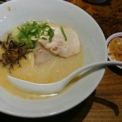 Photo taken at 一風堂 高田馬場店 by モモキ on 10/16/2015