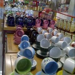 Photo taken at Mutiara Super Kitchen by elisabeth r. on 1/21/2013