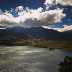 Photo taken at Sapphire Point Overlook by Jacki-s on 9/22/2014