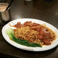 Photo taken at Xin Wang Hong Kong Café   新旺香港茶餐厅 by Eug T. on 7/17/2015