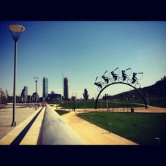 Photo taken at Parque Bicentenario by Ladiis M. on 7/27/2013
