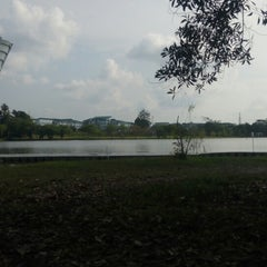 Photo taken at Tasik UNIMAS by Hidayah N. on 3/25/2015