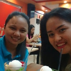 Photo taken at Chowking Sta. Rosa Commercial Complex by Sai H. on 4/22/2014