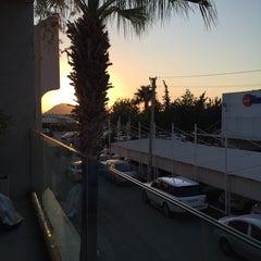 Photo taken at Çıngıloğlu Exclusive Mağaza ve Börek Evi by Çağatay Kaptan on 8/17/2015