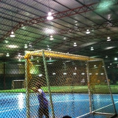 Photo taken at Futsal Masterscaff by Tmbadri on 9/10/2014