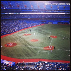 Photo taken at Rogers Centre by robbie N on 7/25/2013