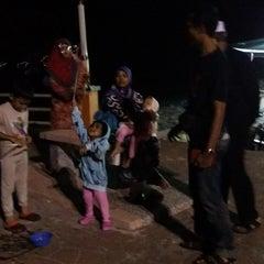 Photo taken at Ocean Glow Putra Brasmana Kuala Perlis by Cikgu R. on 12/12/2014
