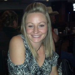 Photo taken at The Draft Sports Grill by Joe M. on 4/13/2012