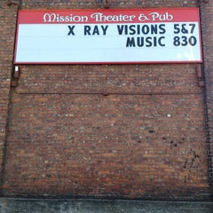 Photo taken at McMenamins Mission Theater by 📻📲 Radio23.org on 6/15/2013