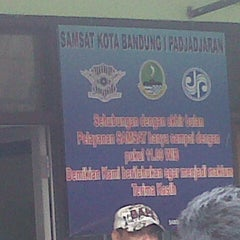 Photo taken at Samsat Bandung Barat by Mass M. on 1/10/2013