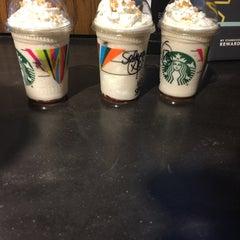 Photo taken at Starbucks by Selina H. on 5/17/2015