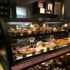 Photo taken at Starbucks by Bill B. on 9/1/2014