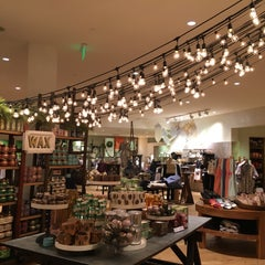 Photo taken at Anthropologie by Tannia H. on 1/7/2016