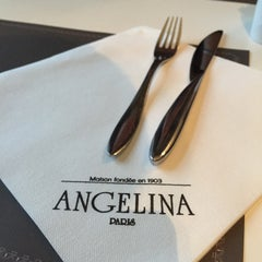 Photo taken at Café Richelieu – Angelina by Ying Lun C. on 12/5/2014