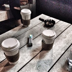Photo taken at Starbucks by Sermin on 10/30/2015