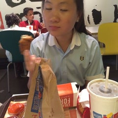 Photo taken at McDonald's by Rocheleee on 10/17/2014