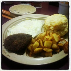 Photo taken at Tudor's Biscuit World by Jonathan M. on 12/7/2012