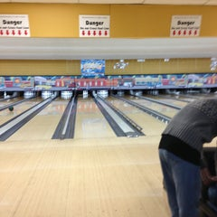 Photo taken at Midtown Bowl by Theo F. on 3/23/2013