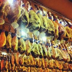 Photo taken at Restaurante La Cueva by Fanychachi on 11/25/2013