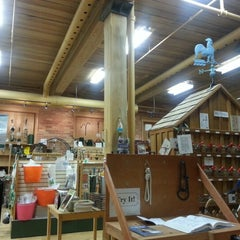 Photo taken at Lee Valley Tools by Melissa L. on 2/1/2013