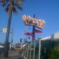 Photo taken at Pann's Restaurant & Coffee Shop by Charlee N. on 3/3/2012