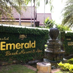 Photo taken at Khaolak Emeral Beach Resort & Spa by Tim A. on 3/11/2012