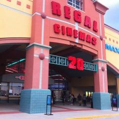 Photo taken at Regal Cinemas Waterford Lakes 20 IMAX by Richard 2.0 on 7/2/2012