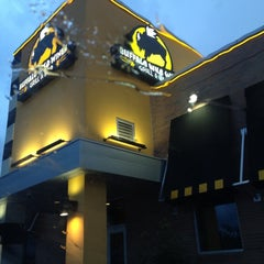 Photo taken at Buffalo Wild Wings by Aundray R. on 8/2/2012