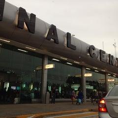Photo taken at Central de Autobuses del Sur by Horacio P. on 7/6/2012