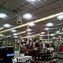 Photo taken at Sam's Club by Angel N. on 4/23/2012