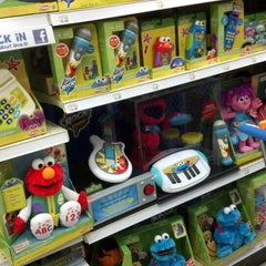 """Photo taken at Toys""""R""""Us by Kelly on 7/26/2012"""