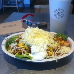 Photo taken at Chipotle Mexican Grill by Irving I. on 6/25/2012