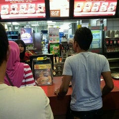 Photo taken at McDonald's Kota Bharu Mall by Azri J. on 8/23/2012