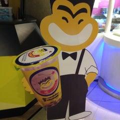Photo taken at Mr.Shake (มิสเตอร์เชค) by Pimpaphon J. on 4/5/2012