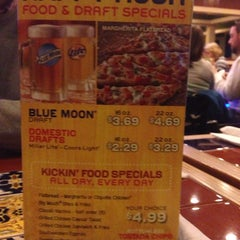 Photo taken at Chili's Grill & Bar by Joseph T. on 3/6/2014