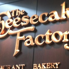 Photo taken at The Cheesecake Factory by Agnes S. on 4/5/2013