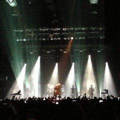 Photo taken at Terminal 5 by Irene M. on 3/23/2013